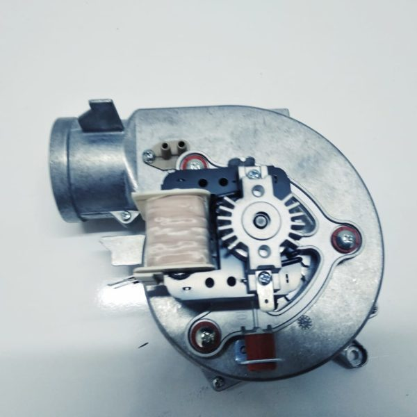 Valiant kombi fan motor, kombi ustasi baki, kombi servis baki, kombi ehtiyat hisseleri, kombi fan motor.